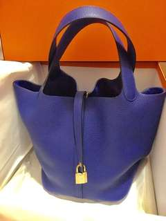 Hermes pre-loved P22 Electric Blue Stamp A 99% new GHW , bought in 18/2/2018 , only used few times