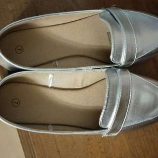Shoes in Silver color