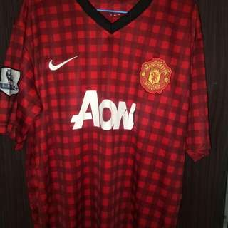 Manchester United Jersey 12/13 kit