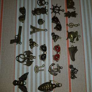 Charms Jewellery Accessories - 1 lot as shown