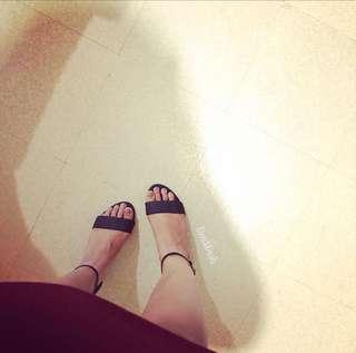 Block heels sizes 6&7
