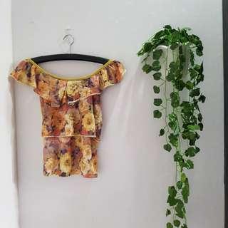 38ribu 168 atasan sabrina bunga flowery blouse
