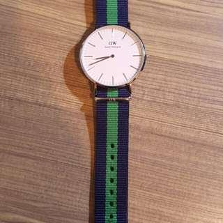 DW 藍綠色錶帶 40mm錶面 100%真 99%新