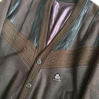 🚚 顛復古⚡️復古噴射皮肩拼接毛線雕花細節古著羊毛開襟外套❤️男女皆可