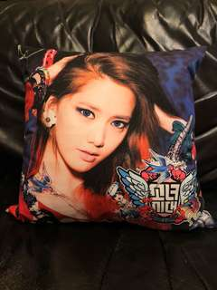 少女時代 允兒cushion