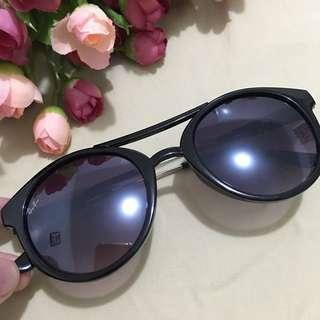 LN Rayban shades
