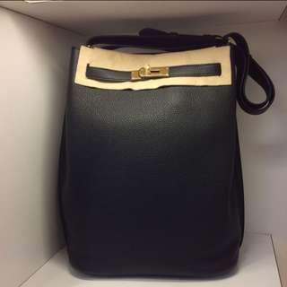 正品 全新 Hermes So Kelly 26 黑色金扣上膊袋