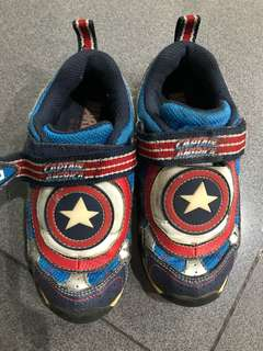 Stride Ride Captain America Lamp Shoes, Size 29