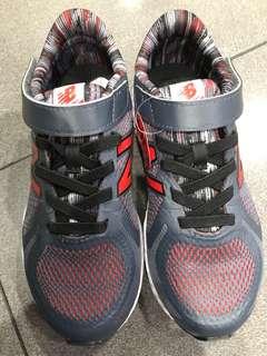 New Balance Boy Shoes, Grey, Size 33,5