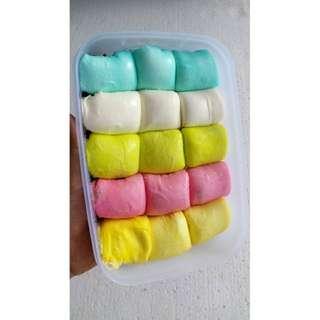 Pancake durian rainbow isi 15