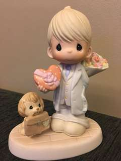 Precious Moments Figurine- Here's My Heart
