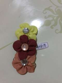 Flower hair clip from Japan ¥1300