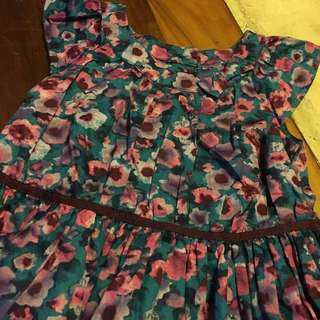 Flowery dress 3yrs