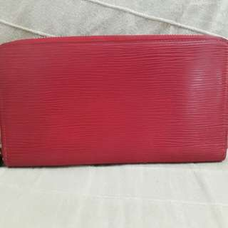 Preloved  Authentic Louis Vuitton Red Epi Wallet Zipper