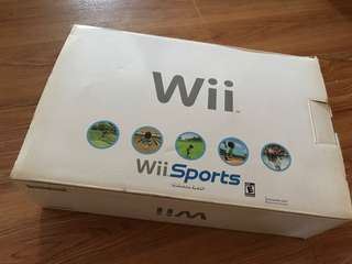 Wii RVL-001 Game Console (very brand new)