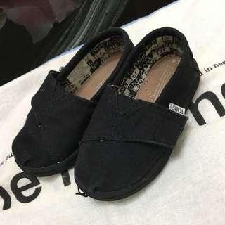 🚚 Toms男童女童款 黑色童鞋
