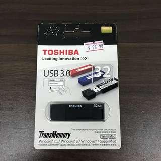 Toshiba 32GB USB (L1R1D-B)