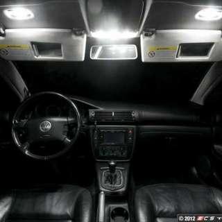 Lampu LED dalam kereta