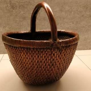 Basket solid decoration