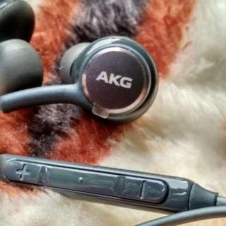 AKG Headset/Earphone Samsung S8 Plus