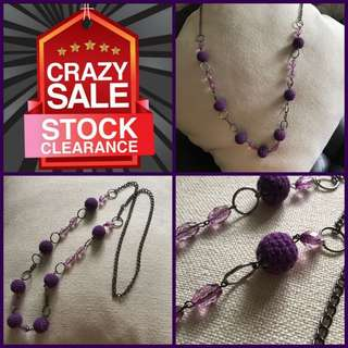 🚨Moving Out Sale🚨Woman Purple Acrylic Necklace