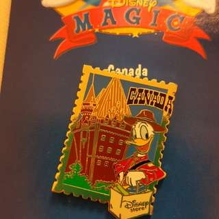 Disney store Canada Donald duck  stamp 郵票 形 pin
