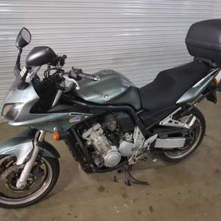 Yamaha FZS1000 April 2003