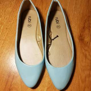 Rubi shoes size 8 flats