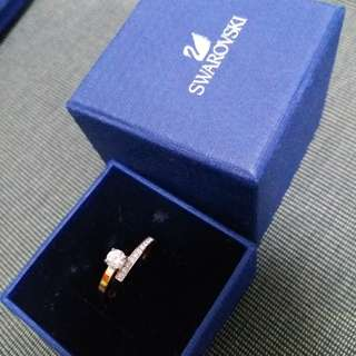 Swarovski Ring rose gold size 52, 98% new