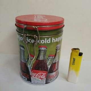 Tin/container coca cola