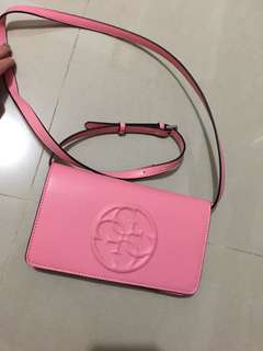 Guess sling bag (new)