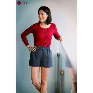 BNWT Hollyhoque HH Keep Me Warm Cable Knit Sweater in Red