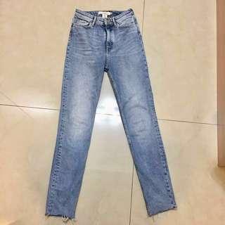 🚚 H&M 極新刷色超挺顯瘦女款牛仔褲EU34