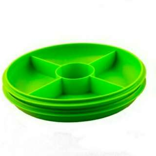 NEW Tupperware small serving center hijau