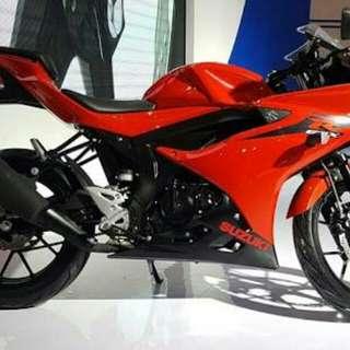 Suzuki GSX R 150cc