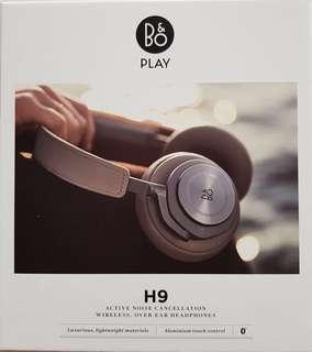 B&O H9 headphone