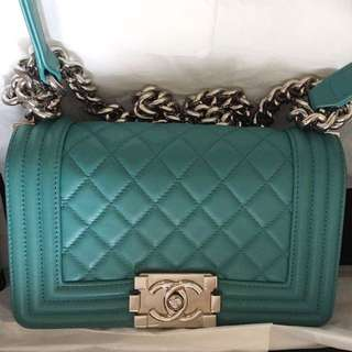 CHANEL turquoise boy 20 small