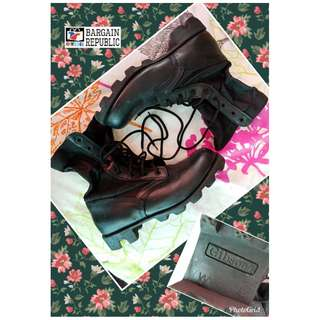 Gibson Combat Boots Size 8.5 (Pre-Loved)