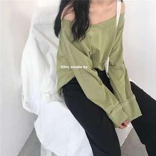 極新 一字領寬鬆抹茶綠上衣