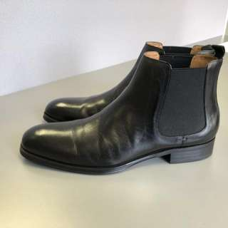 Denoven Chelsea boots