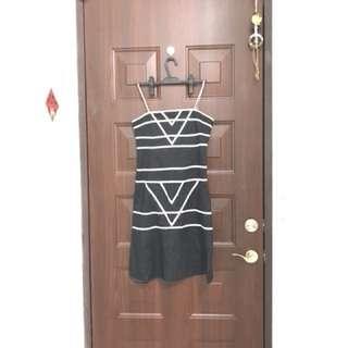 黑白細肩帶洋裝