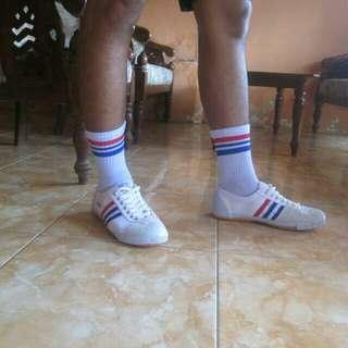 Sepatu kodachi 8111 termurah free kaos kaki