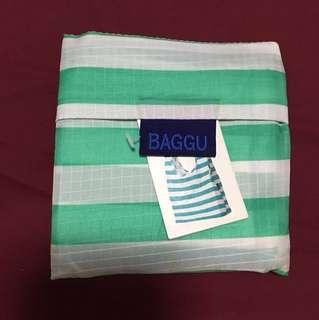 Authentic & BNWT Baggu green white stripes recycle bag