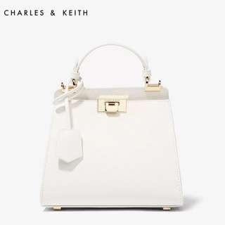Charles & Keith kelly bag 白 金 gold