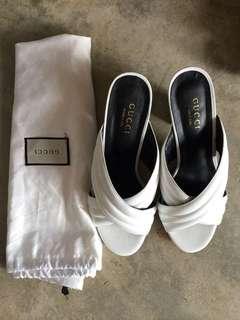 Gucci platform heels size 40 or us 9