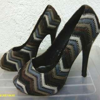 Sale!!! Rossana Pena Aztec Peep Toe Pumps