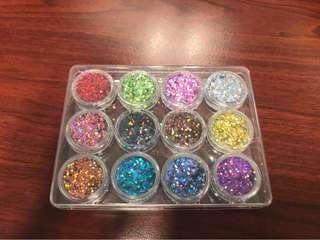 Nails glitter