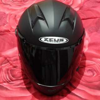 Zeus 811 black Matt pinlock ready