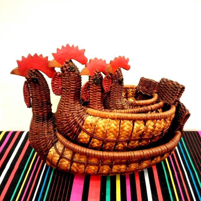 4 Vintage Woven Wicker Chicken Shaped Baskets