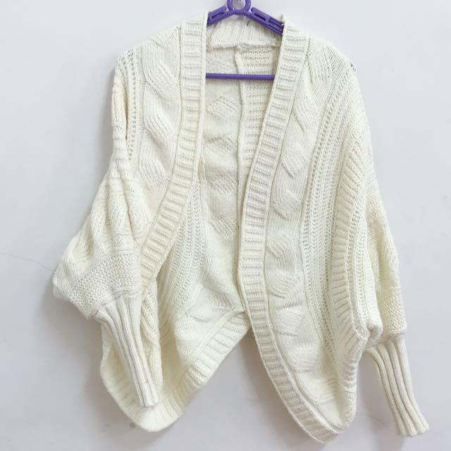 9成新-米白初春文青少女針織罩衫